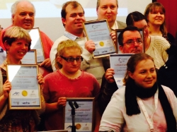 Award winners recieving Dolphin's Den Certificates