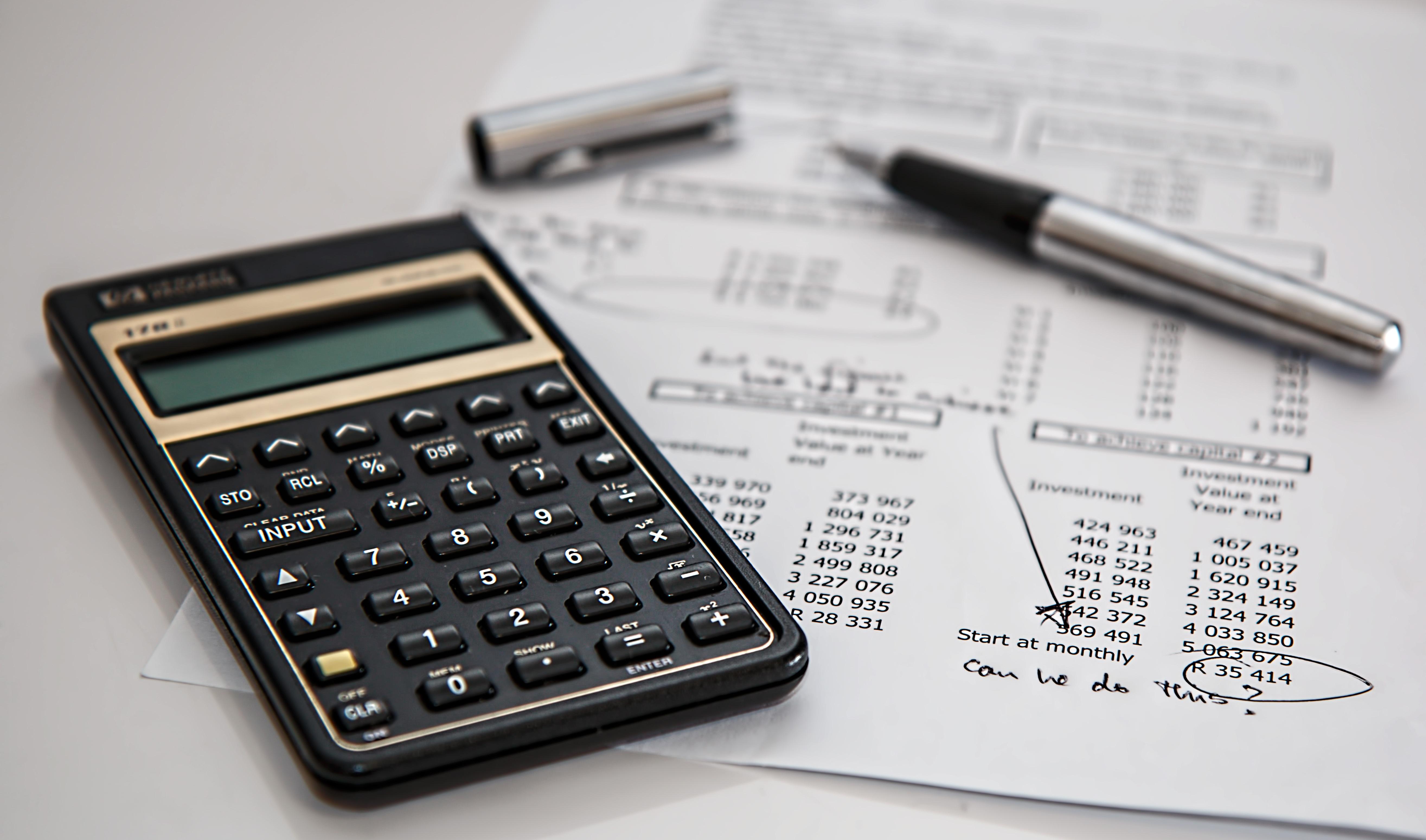 Calculator with balance sheet