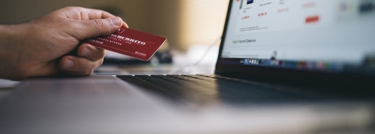 Person using discount card online